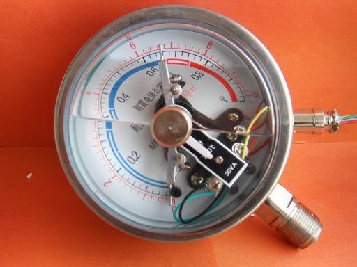 安徽天康耐震电接点压力表