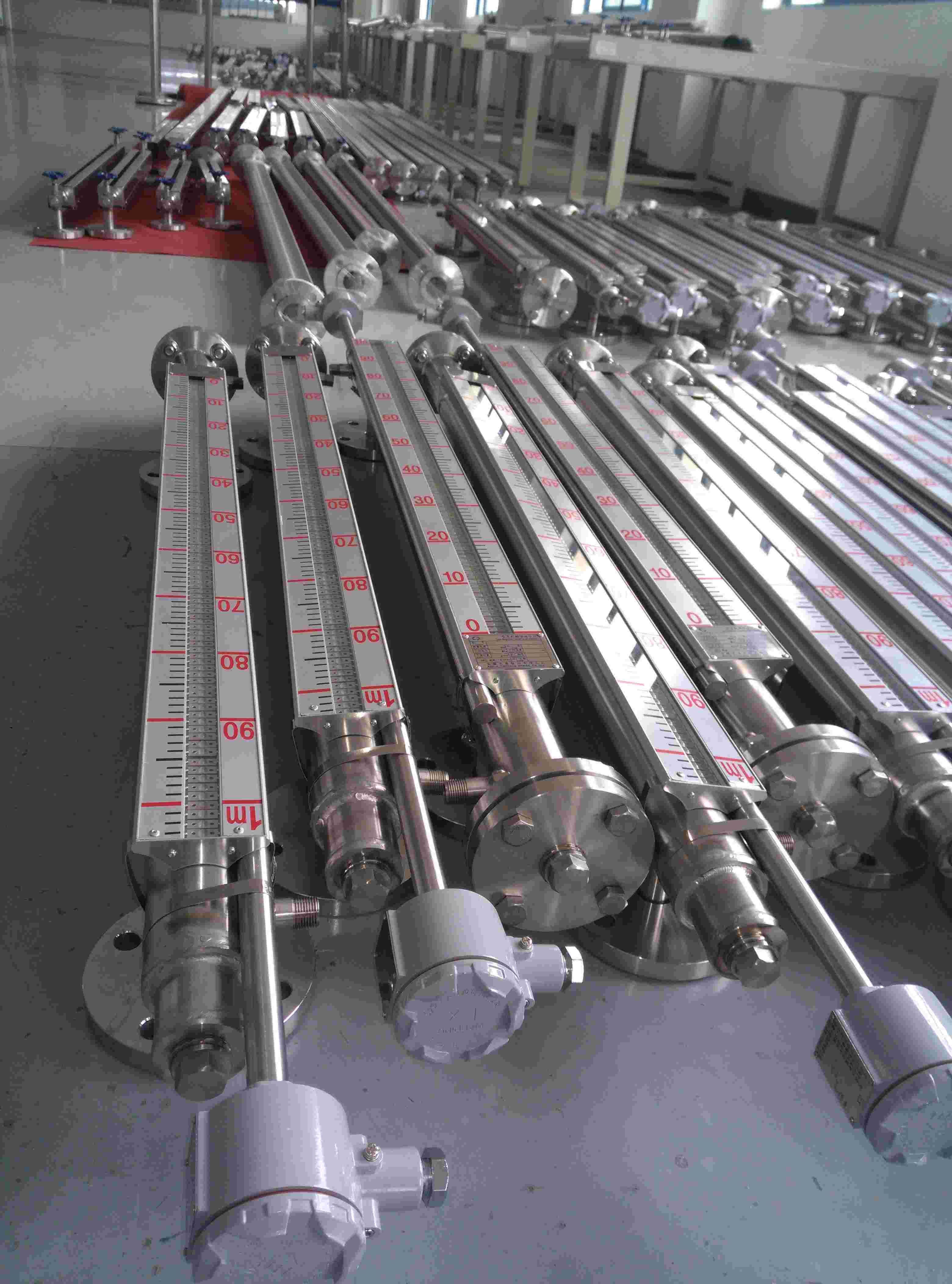 UHZ-10侧装式磁翻板液位计